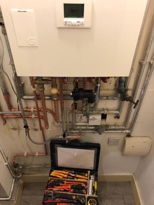 Quality HIU Installation by HIU Engineer in London.